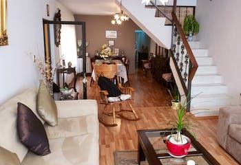 Casa en venta en Escuadrón 201 de 3 alcobas