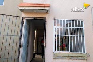 Casa en venta en Ex-Hacienda De Guadalupe de dos recamaras