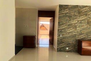 Casa en venta en La Hacienda de 570mts, dos niveles