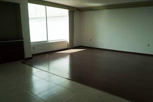 Casa en venta en Ciudad Satélite de 900 mts2 de 3 niveles