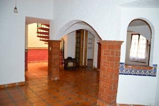 Casa en venta en Miguel Hidalgo de cuatro recamaras