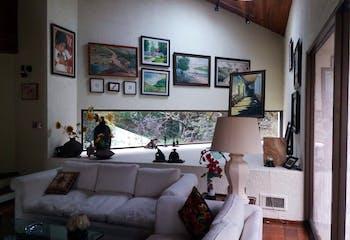 Casa en venta en Santa Rosa Xochiac de 1250 mts2 de 3 niveles