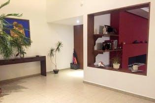 Casa en venta en Colonia Cuajimalpa de 350 mt2. con 2 niveles.