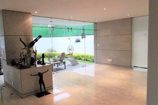 Casa en venta en Jardines del Pedregal, Álvaro Obregón 4 recámaras