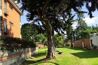 Apartamento en venta en Barrio Niza 94m² con Jardín...