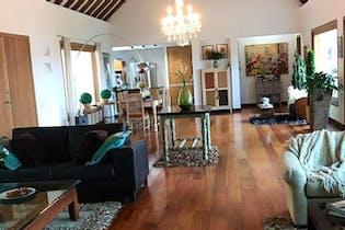 Casa en V. Ranchería, Rionegro. con 5 habitaciones-400 mt2
