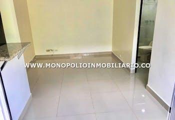 Apartamento en La Mina, Envigado - 58mt, tres alcobas, balcón