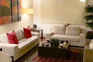 Casa en venta en Valle De Las Palmas, de 290mtrs2