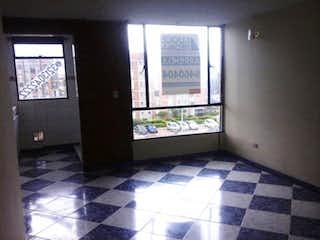 Un piso a cuadros blanco y negro en un baño en Apartamento en Bochica, Engativa - 53mt, tres alcobas