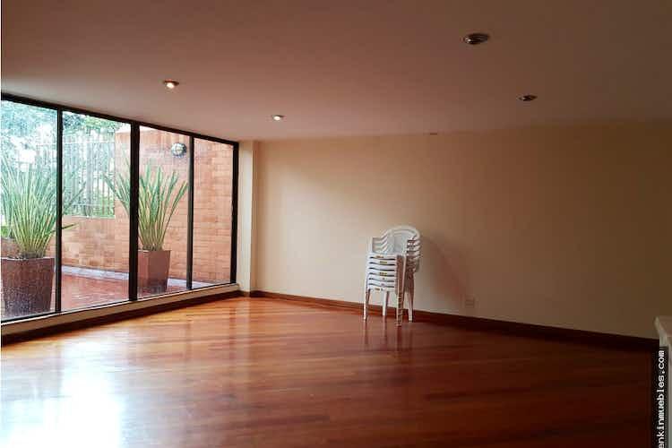 Portada Apartamento en Santa Bárbara-Santa Paula, con 3 Habitaciones - 90 mt2.