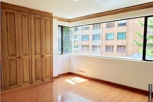 Apartamento en La Carolina-Barrio La Carolina, con 3 Habitaciones - 160 mt2.
