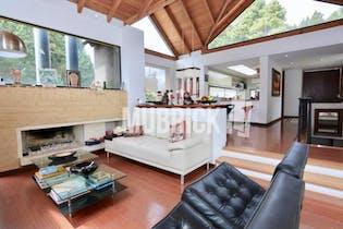 Casa La Calera, con 3 habitaciones - 288 mt2.