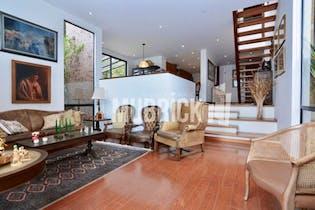 Casa en La Calera, con 3 Alcobas - 310 mt2.