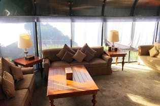 Casa en venta en Club De Golf Residencial de 170mts, tres niveles