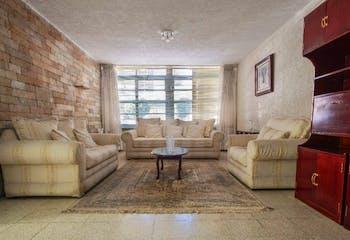 Casa en venta en Villa de Cortes de 250mts, dos niveles