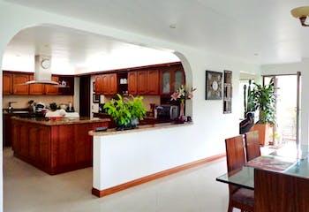 Casa En Sabaneta, San Jose, 4 habitaciones- 514m2.