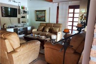 Finca Vereda las Cuchillas Rionegro. con 7 habitaciones-5105mt2
