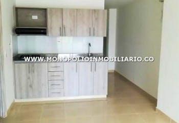 Apartamento en Aves Maria, Sabaneta - 60mt, tres alcobas, balcón