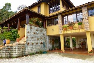 Finca en venta en Cabeceras De Llanogrande 400m² con Solarium...