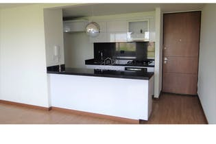 Apartamento en Serrezuela, Mosquera - 96mt, tres alcobas, balcon