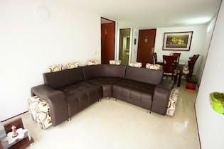 Apartamento en Spring, Colina Campestre - 68mt, tres alcobas, balcón