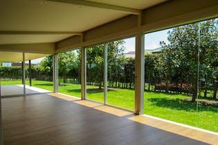 Casa en Llanogrande, Rionegro - 335mt, cuatro alcobas