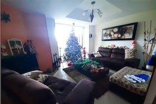 Casa en Gratamira- Bogotá, con 3 habitaciones-204mt2