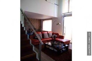 Casa en Carlos Lleras, Ciudad Salitre - 234mt, dos niveles, tres alcobas