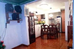 Casa en Bosques de Mariana, Engativa - 62mt, cuatro alcobas, terraza