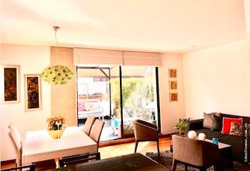 Apartamento en Chico Navarra, Santa Barbara - 104mt, dos alcobas, terraza