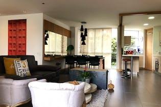 Apartamento en venta en Castropol de 131m² con Piscina...