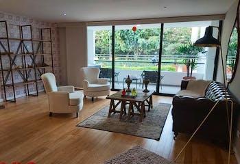 Apartamento en Loma de las Brujas, Envigado - 163mt, tres alcobas, balcon