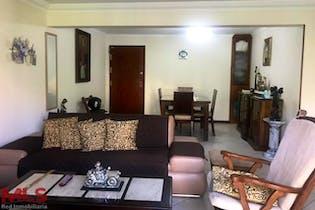 Apartamento en Loma de Benedictinos, Envigado - 119mt, tres alcobas, balcon