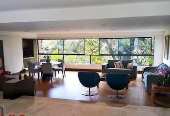 Apartamento en Santa Maria de los Angeles, Poblado - 400mt, tres alcobas, balcon