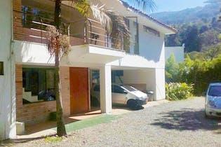 Casa en venta en Loma Del Escobero, 460m² con Jardín...