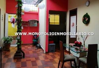 Casa en Prado, Candelaria - 310mt, dos niveles, ocho alcobas