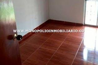 Casa en Robledo-Pajarito, con 4 Habitaciones - 100 mt2.