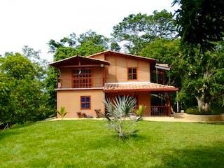 Finca, casa en venta en La Miranda, Sopetrán