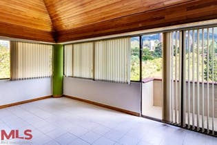 Apartamento duplex en Las Lomas, Poblado, 3 Habitaciones- 125m2.