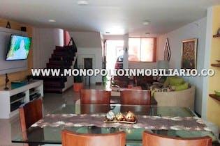 Casa en Los Balsos, Poblado, 3 Habitaciones- 220m2.