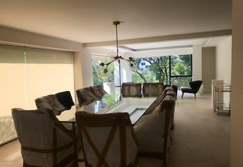 Casa en venta en Bosques de las Lomas, Miguel Hidalgo, remodelada.
