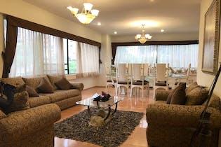 Departamento en venta en Hacienda De Las Palmas de 265 mt2.