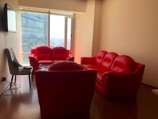 Una sala de estar llena de muebles y una ventana en Departamento en venta en Cuauhtémoc, 94m2 con amenidades