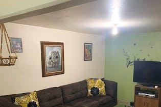 Casa en venta en Lomas de San Lorenzo de 240 mt2. con 2 niveles.