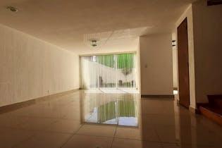 Casa en Venta en Ciudad Satelite de 240 mt2.