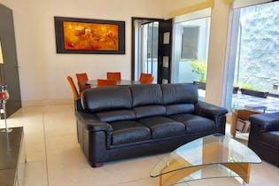 Casa en venta en Bosque de las Lomas de 884 mt2. con 3 niveles.