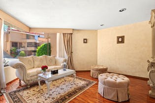 Casa en venta en Lomas de Vista Hermosa de 406 mt2.