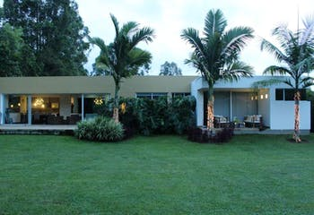 Casa en venta en Llanogrande, 288m² con Solarium...