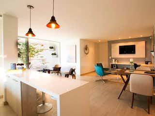 Una sala de estar llena de muebles y una televisión de pantalla plana en Bianco