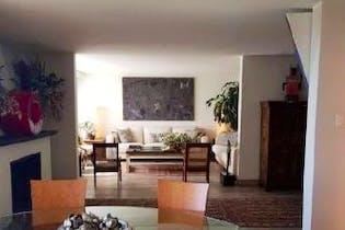 Casa en venta en Lomas de Santa Fe con 4 recamaras